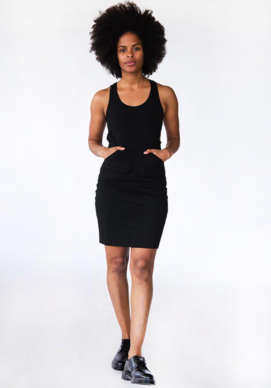 Kiki_Circle_Dress_Black_Rotating