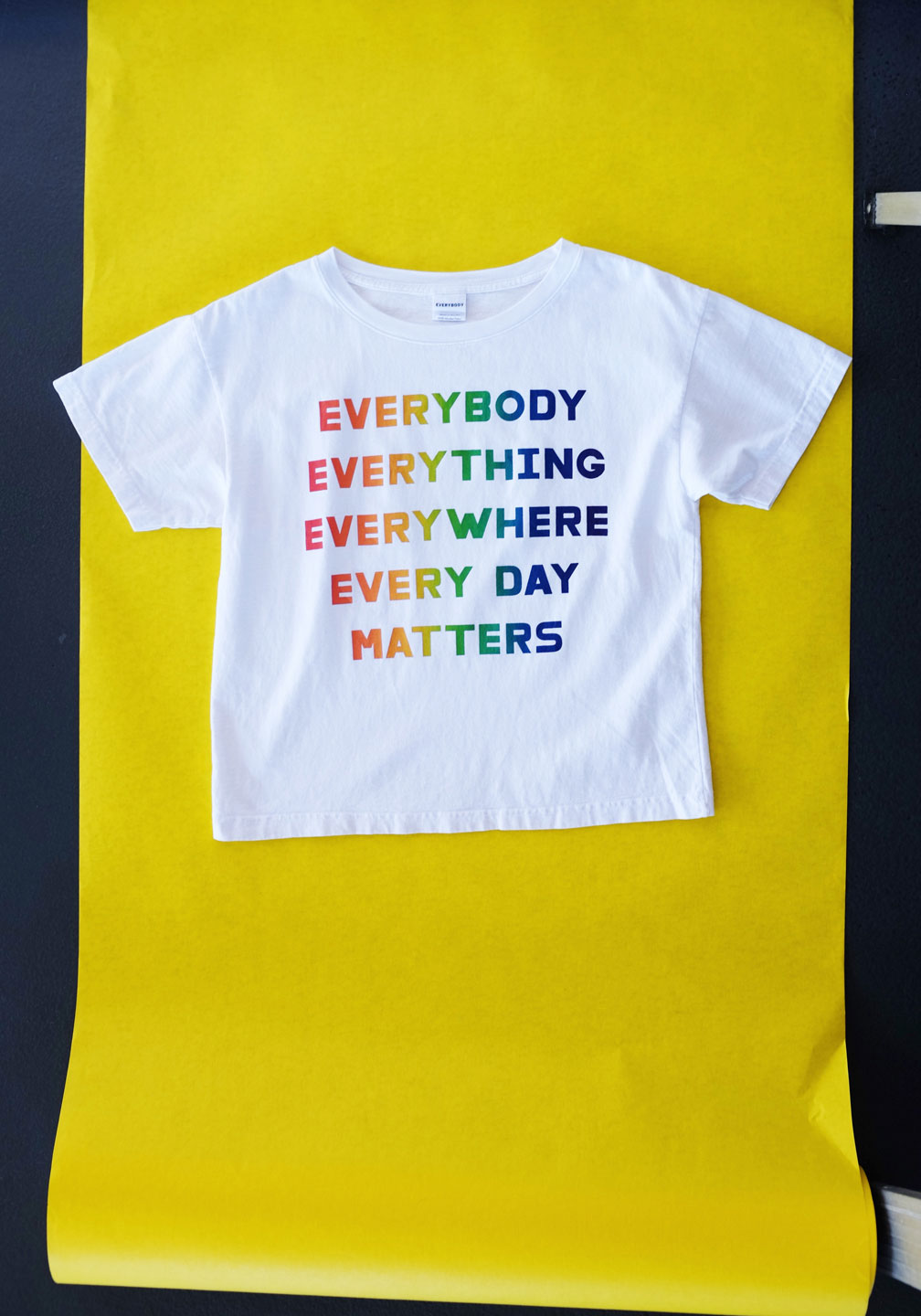 EVERYBODY EVERYTHING Boxy Trash Tee
