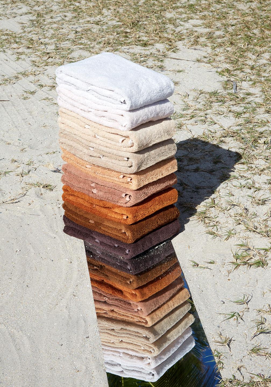Felix Burrichter skin-toned towel set